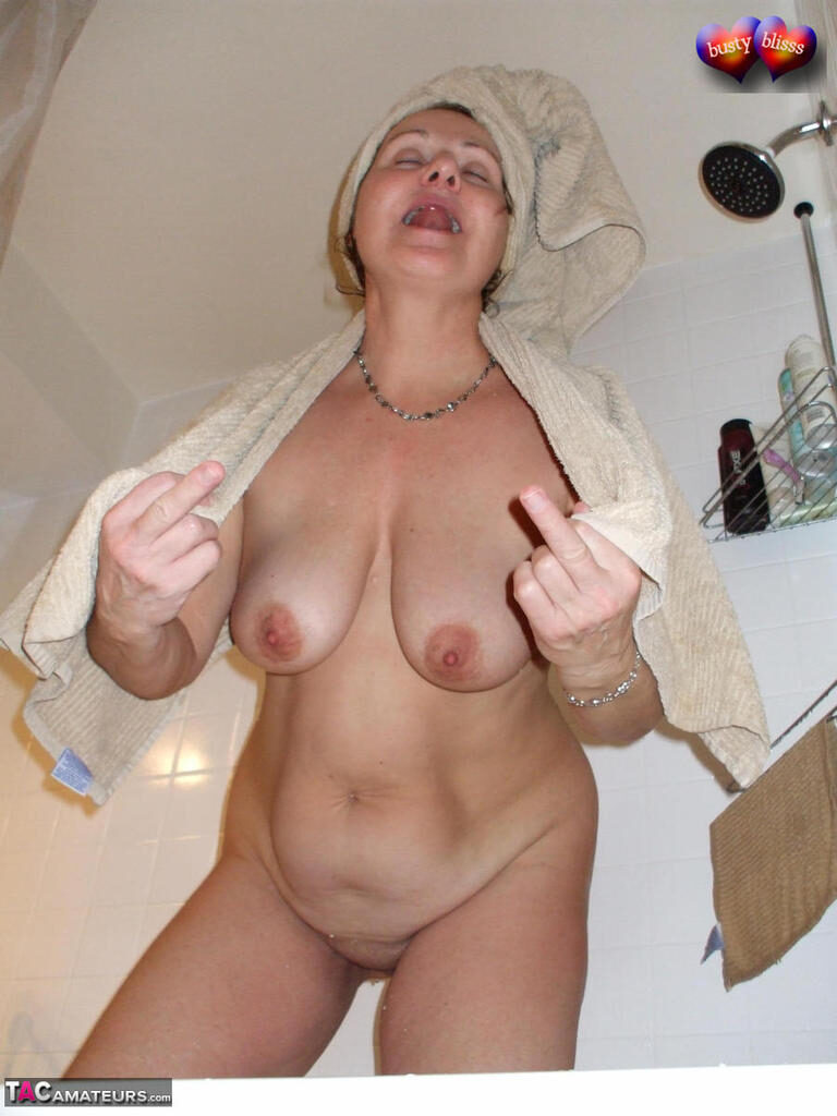 Hotel exhibitionist flashes her fat pussy and sucks off a stranger