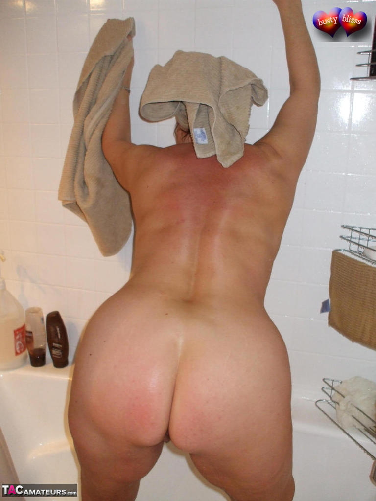 Girls tits booty gifs
