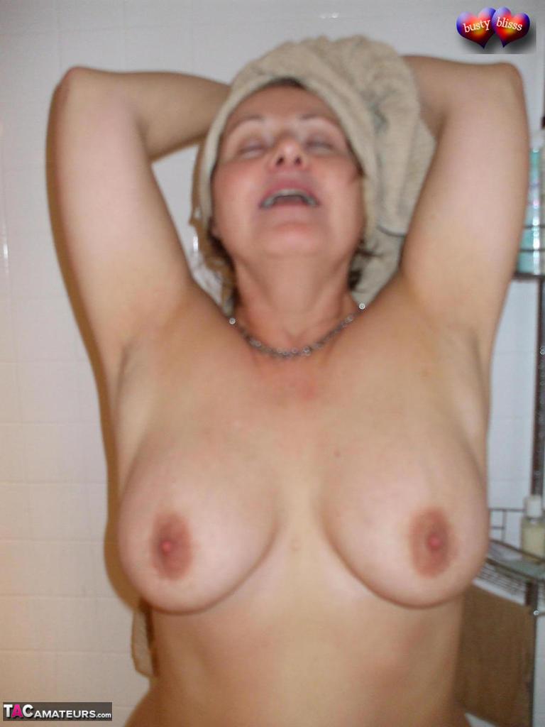 Slutty white trash nude female pictures